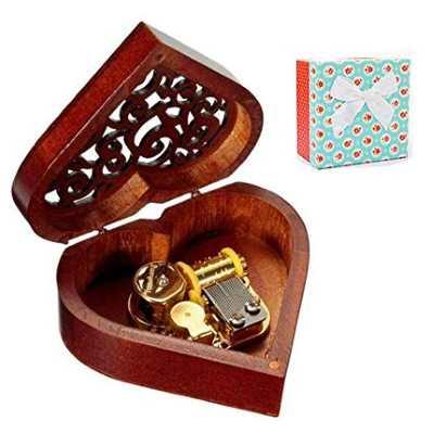 Caja musical de madera
